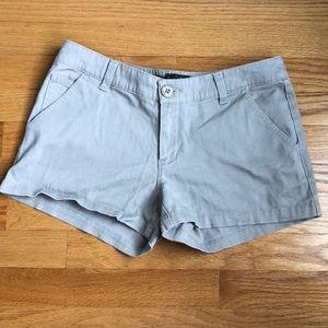 💕 Khaki shorts